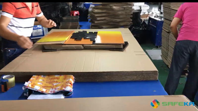 Cardboard Dump Bin Display Packing Process